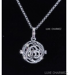 Rose Diffuser Necklace