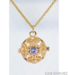 Royale Adele Diffuser Necklace