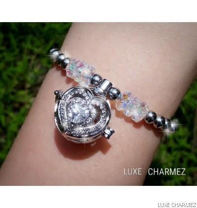 Sparkly Love Diffuser Bracelet